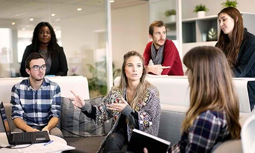 Increase Employee Engagement with These 5 Conversation Skills